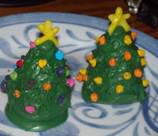 Christmas Tree Cake Bites
