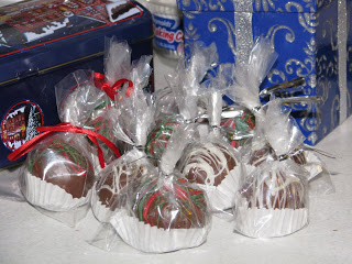 Chocolate and Red Velvet Cake Bites Packaged up for Christmas