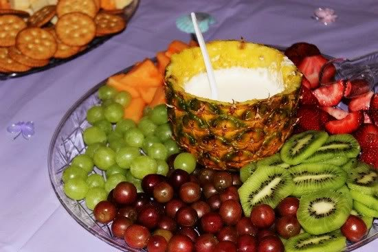 Fruit Tray With Orange Marshmallow Fluff Dip Big Bear S Wife