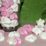 Meringue Kiss Cookies