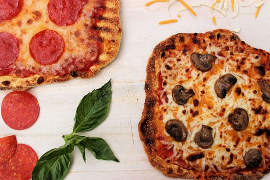 Individual Grilled Pizzas #SundaySupper