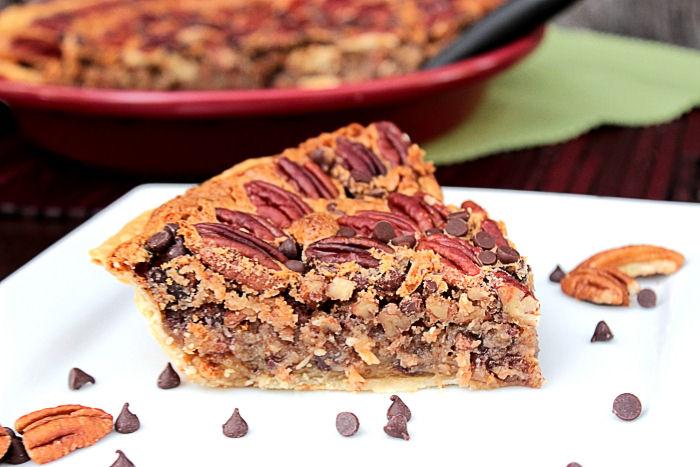 Chocolate Chip Pecan Pie BigBearsWife.com @BigBearsWife