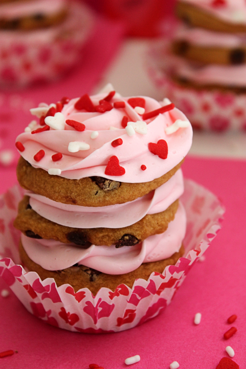 Valentines Cookie Stacks from BigBearsWife.com @bigbearswife