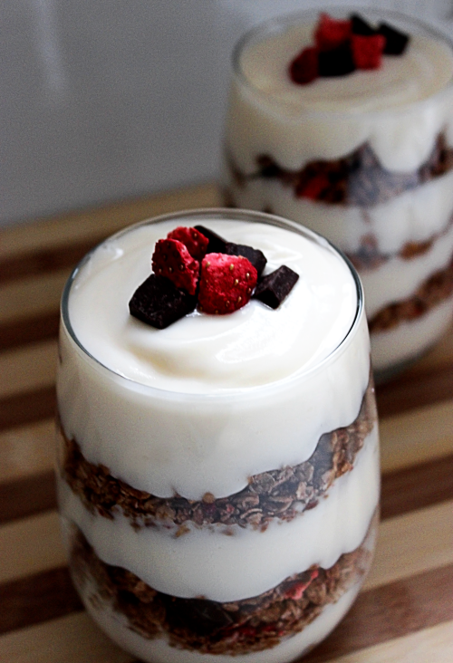 Chocolate Berry Granola Parfaits BigBearsWife.com @bigbearswife