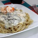 Shrimp & Mushroom Fettuccine Alfredo