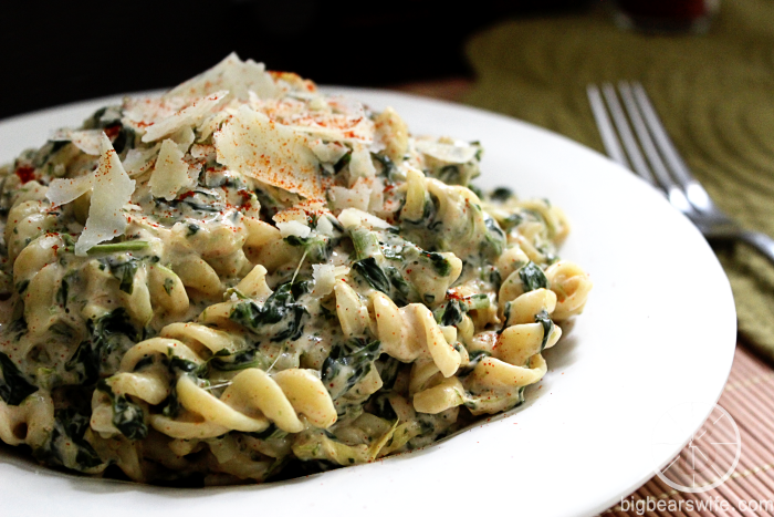 Spinach Artichoke Alfredo Pasta & a Healthy Dreamfields Pasta Giveaway