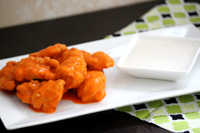 Buffalo Chicken Bites with White BBQ Sauce from BigBearsWife.com