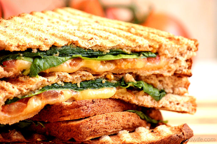 Spinach, Tomato and Gouda Panini with Apple Butternut Squash Spread #OurOctoberChallenge | BigBearsWife.com