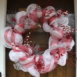 Candy Cane Christmas Deco Mesh Wreath Tutorial