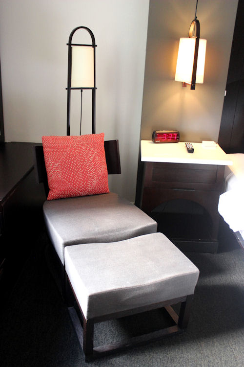 Hotel Renew by Aston - Honolulu, Hawaii | BigBearsWife.com