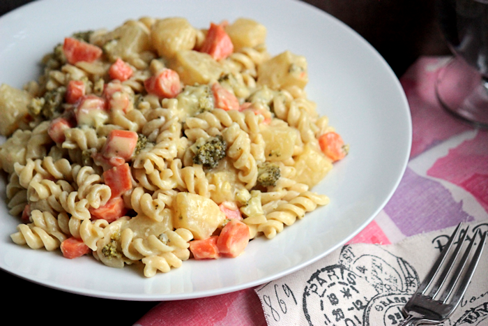 Green Curry Pineapple Rotini {& A Healthy Pasta Giveaway!!}