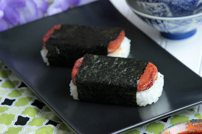 Spam Musubi  – Hawaii Eats