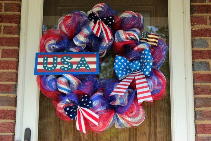 4th of July Deco Mesh Wreath Tutorial / Memorial Day Deco Mesh Wreath Tutorial