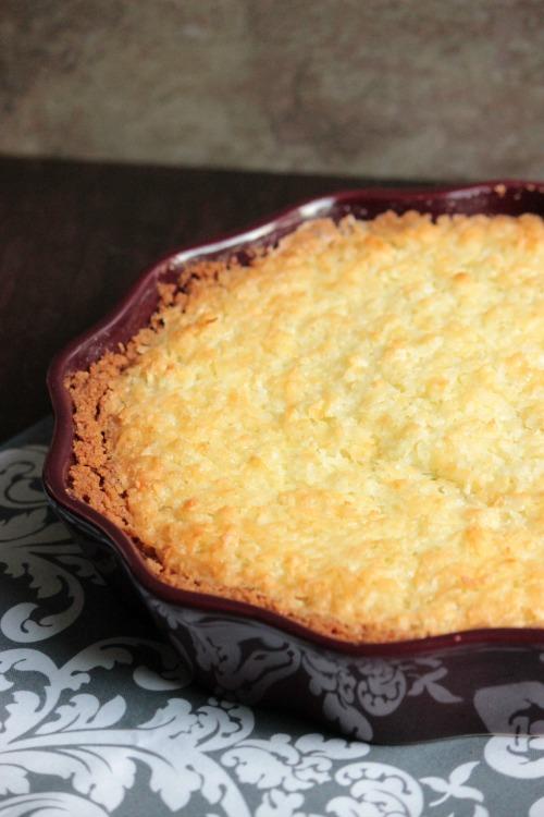 Coconut Pie with Graham Cracker Crust #LoveMySilk