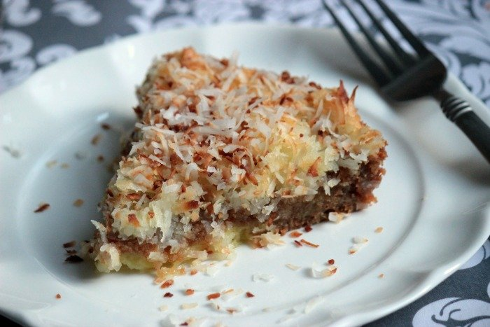 Slice of Coconut Pie with Graham Cracker Crust {Toasted Cococnut} #LoveMySilk