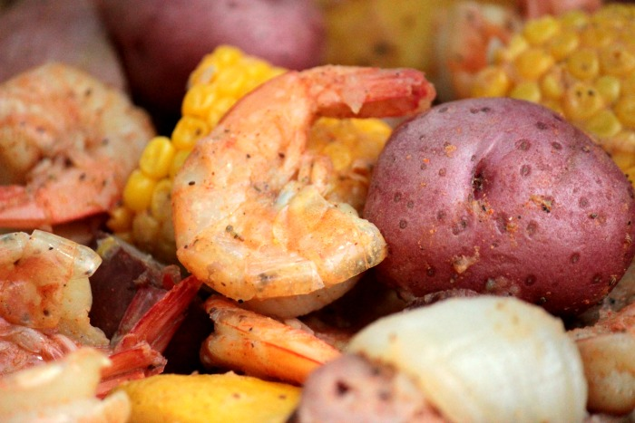 SHRIMP CORN AND RED POTATOES