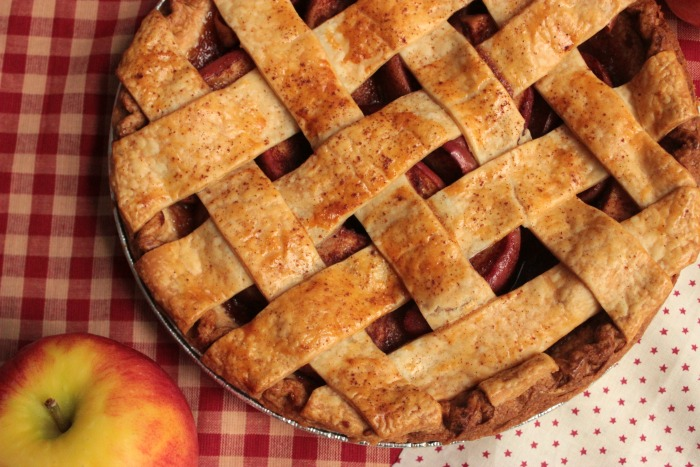 Simple Homemade Apple Pie with Lattice Top