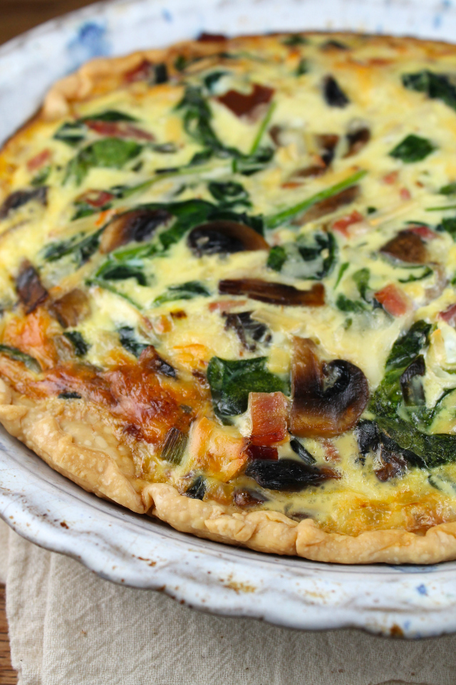 Ham, Spinach and Mushroom Quiche from Miss in the Kitchen