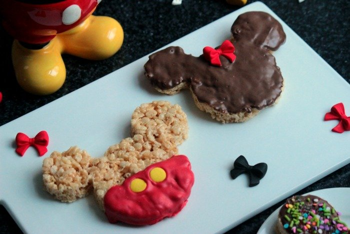 Mickey Mouse and Minnie Mouse Rice Krispie Treats