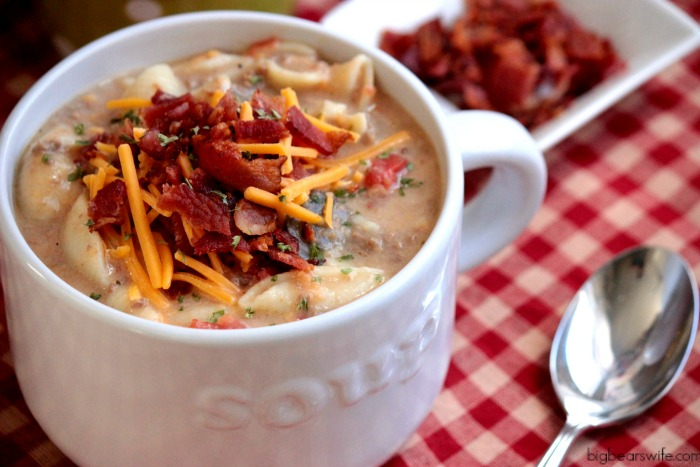 Slow Cooker Bacon Cheeseburger Soup - Click The Photo for the Recipe