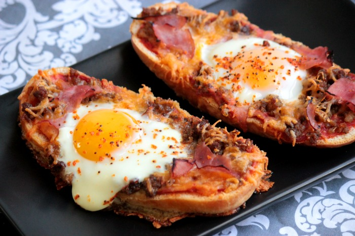 Baked Egg Pizza Subs #12bloggers