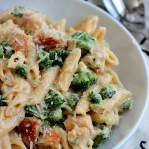 Chicken and Broccoli Penne Alfredo