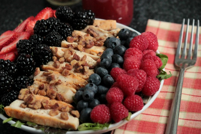 Grilled Chicken Summer Berry Salad #12bloggers