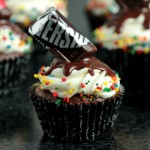 Chocolate Birthday Cupcakes with Melting Chocolate Bar Effect