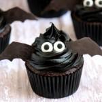 Easy-Bat-Cupcakes-5_zpssszm8cli