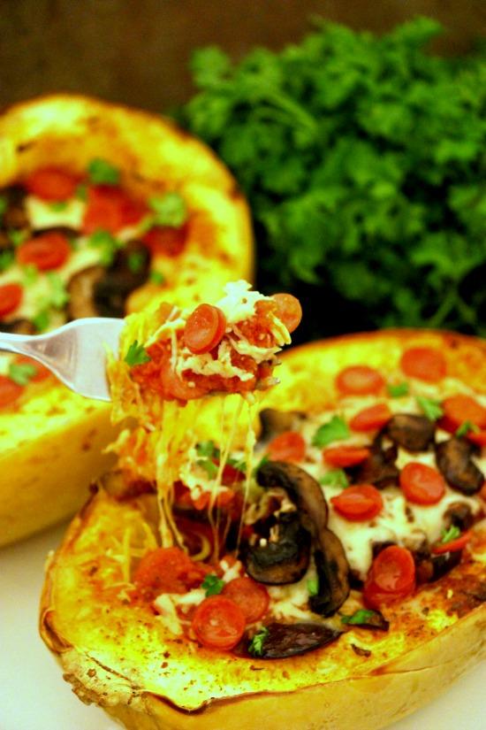 Baked Pizza Spaghetti Squash #12bloggers