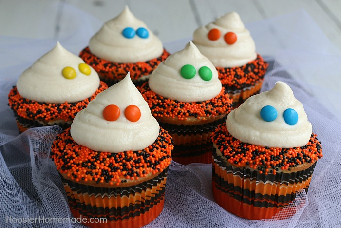 easy ghost cupcakes from hoosierhomemadecom