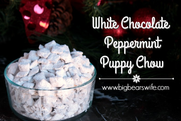 Christmas Puppy Chow.White Chocolate Peppermint Puppy Chow