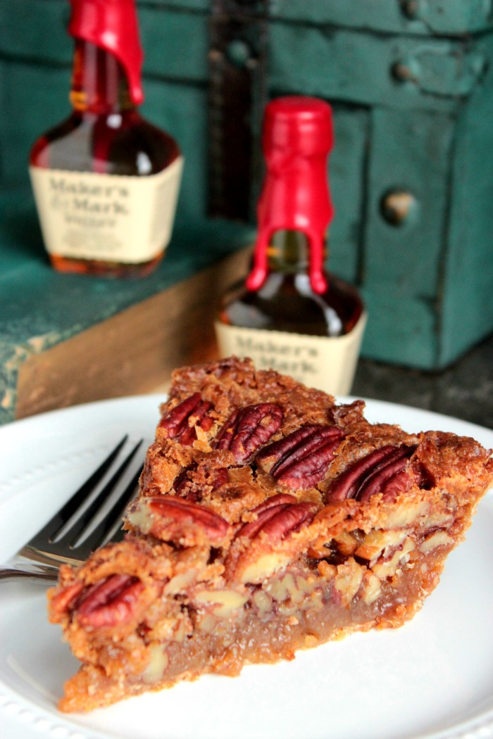 Bourbon Pecan Pie - A sweet classic southern pecan pie with the smooth ...