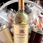 Wine Brunch Gift Basket – Make Your Own Gift Basket #SantaMargherita