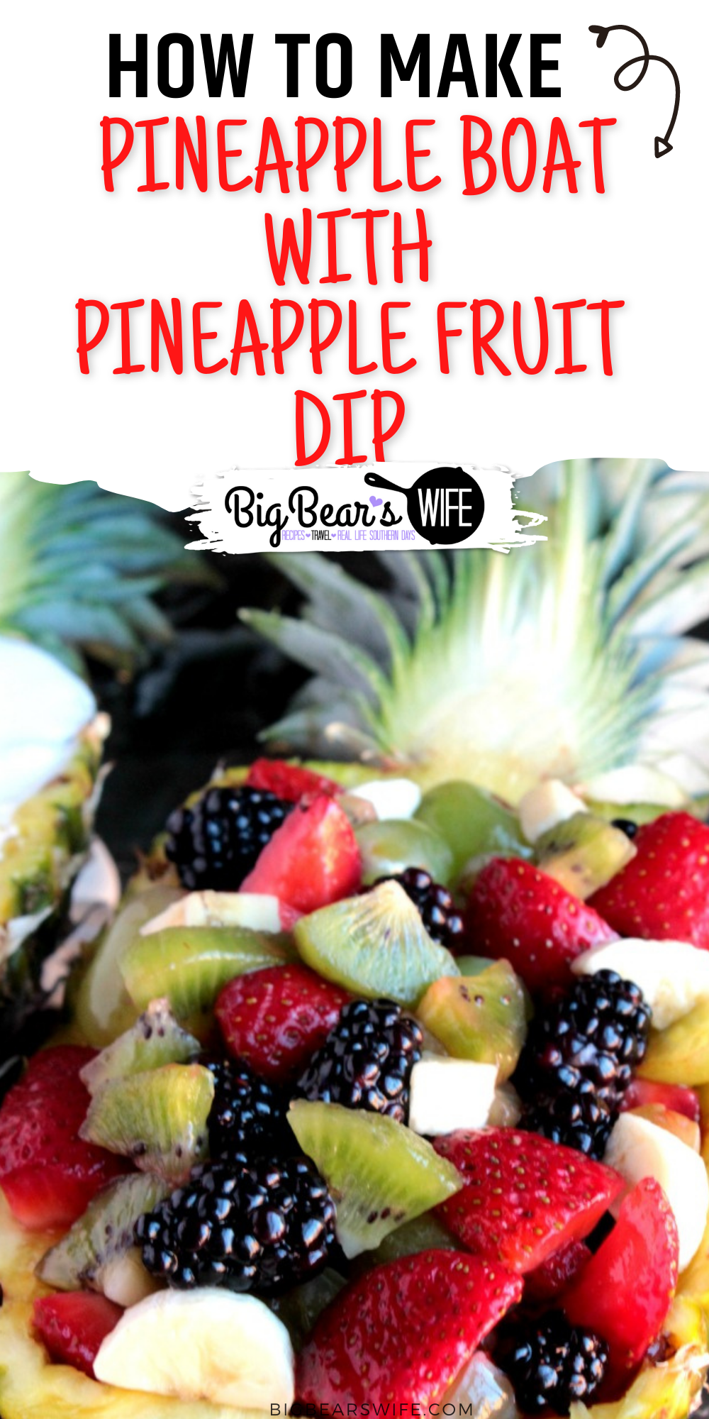 Mixed fruit served in a fresh pineapple with an easy to whip up pineapple marshmallow dip! A Mixed Fruit Pineapple Boat is great for parties! via @bigbearswife