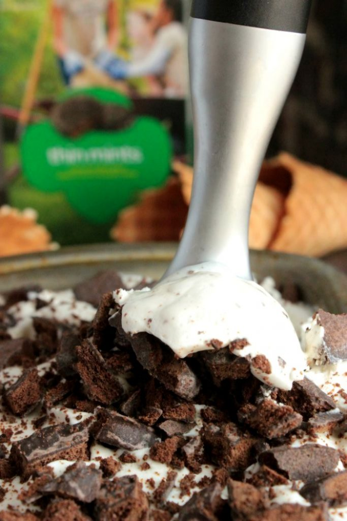 Thin Mint Ice Cream - No Churn Ice Cream -
