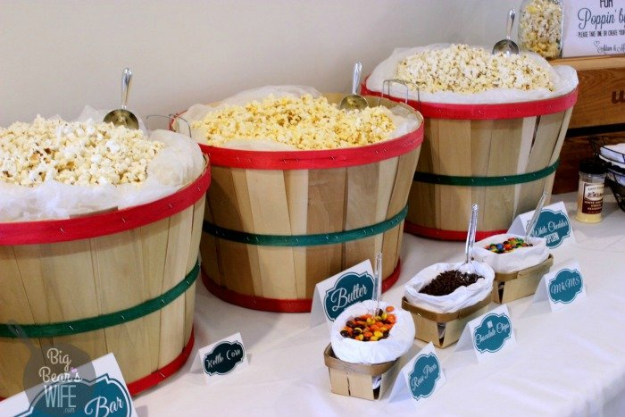 How knew that creating your own popcorn bar for a party was this easy! I thought ti would have been more work but I was wrong!