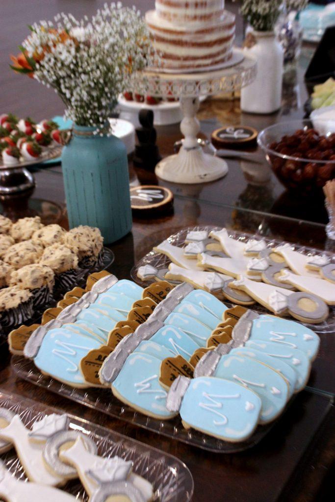 https://www.bigbearswife.com/mason-jar-sugar-cookies/
