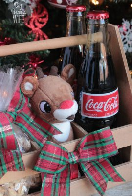 Rudolph Coke and Peanut Gift Box