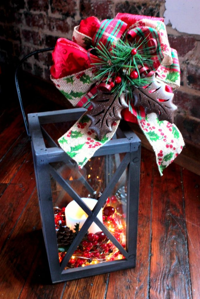 diy christmas lantern tutorial - How To Decorate A Lantern For Christmas