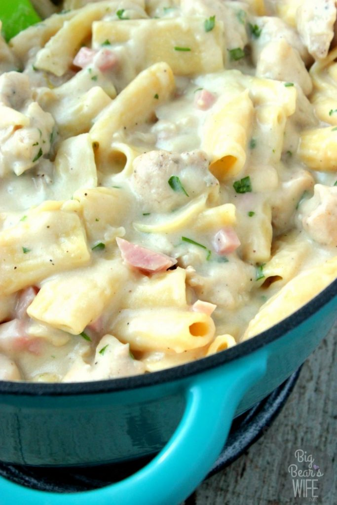 One Pot Chicken Cordon Bleu Pasta