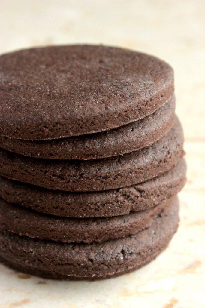 Copycat Cookies 'n' Cream Candy Bars