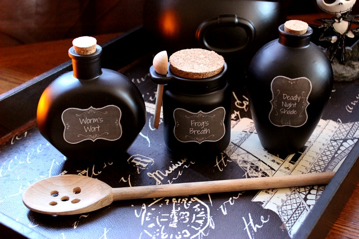 How to Make Sally's Potion Bottles from The Nightmare Before Christmas - Worms Wort, Frog's Breath and Deadly Night Shade