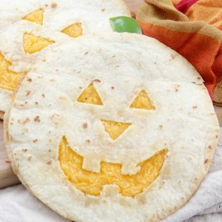 These quesadillas would be perfect to make for a quick lunch or dinner before trick-or-treating. Just serve them up with some salsa and of course, guacamole! Happy Halloween!