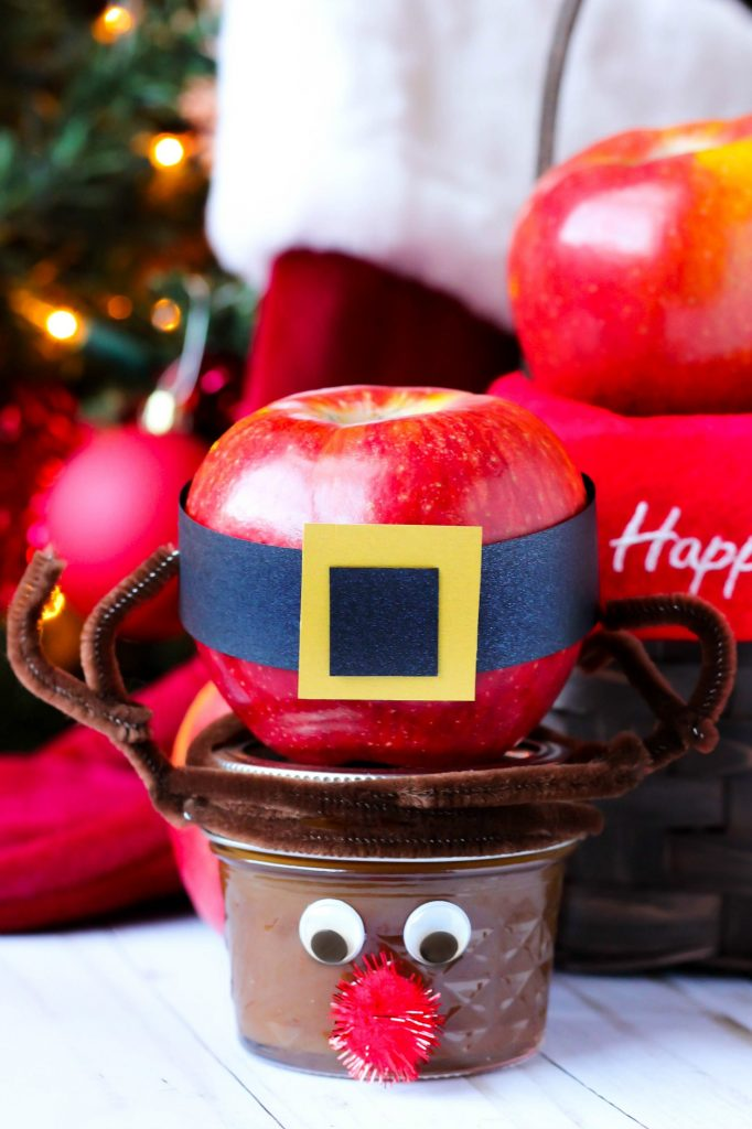 DIY Santa Apple & Rudolph Jar Caramel Sauce Stocking Stuffers - Looking for a cute and easy stocking stuffer? These DIY Santa Apple & Rudolph Jar Caramel Sauce Stocking Stuffers are perfect for kids and adults! They're easy to make and super cute!