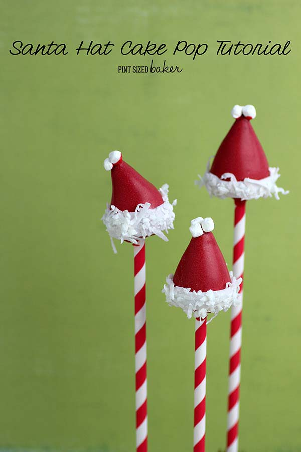 This Santa Hat Cake Pop Tutorial is so cute and perfect for a Christmas treat! They are super easy to make and look amazing to give to friends!