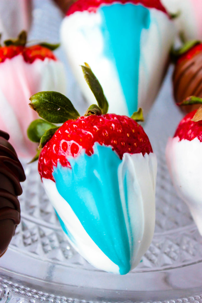 Pastel Swirl Covered Strawberries - Gender Reveal Party Strawberries