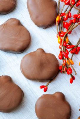 Homemade Chocolate Peanut Butter Pumpkins