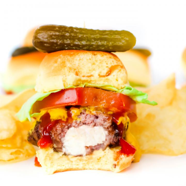 Air Fryer Stuffed Cheeseburger Sliders