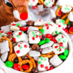 Reindeer Food Snack Mix #ChristmasSweetsWeek